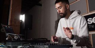 Mașinile de ritm Roland TR se sincronizează acum cu Serato DJ PRO