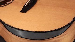 Cort introduce pe piață noua colecție de chitare acustice Bevel Cut