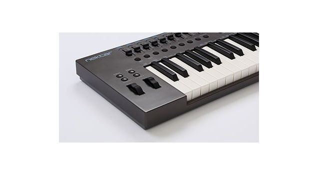 Claviatura MIDI Nektar Impact LX-49 Plus 3