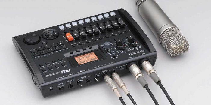 Recorder audio multitrack portabil Zoom R8